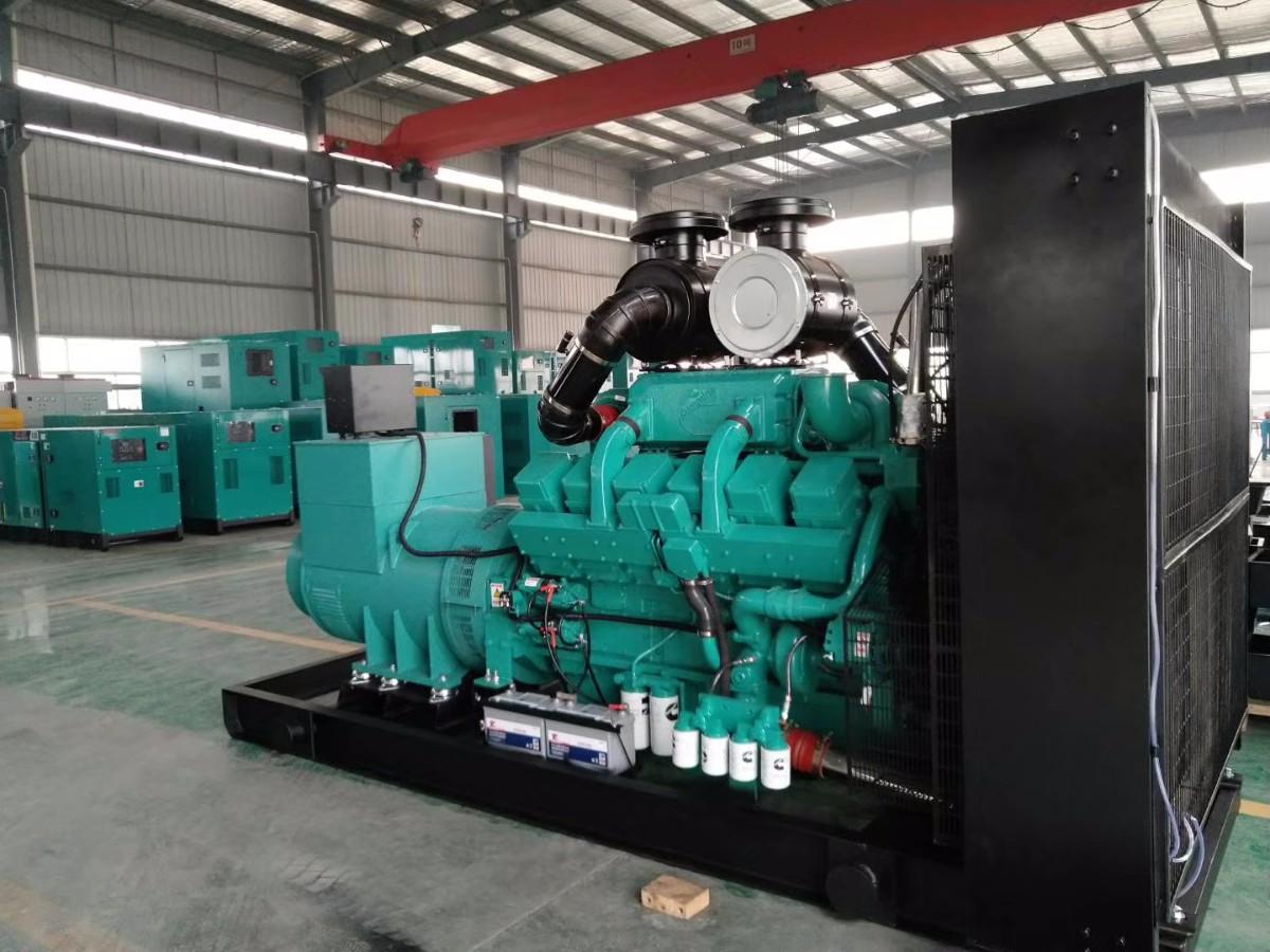 世界柴油发动机_600KW重康柴油发电机组